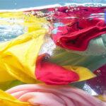 شستشوی لباس ها در آب سرد
